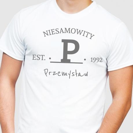 Koszulka z nadrukiem NIESAMOWITY na urodziny