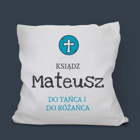 Poduszka dla księdza z zabawnym napisem